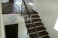 Trepte interior  7