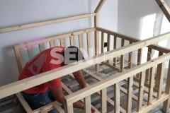 patut-din-lemn-pentru-copil
